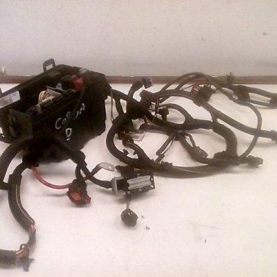 Q7W 13252901/1325290100020610 Zekeringen Kast Met Kabel Boom Opel Corsa D (2008) 01