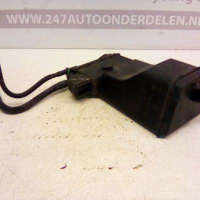 BAX-100 Benzinedamp Filter Opel Corsa C 1.2 16 V 2003