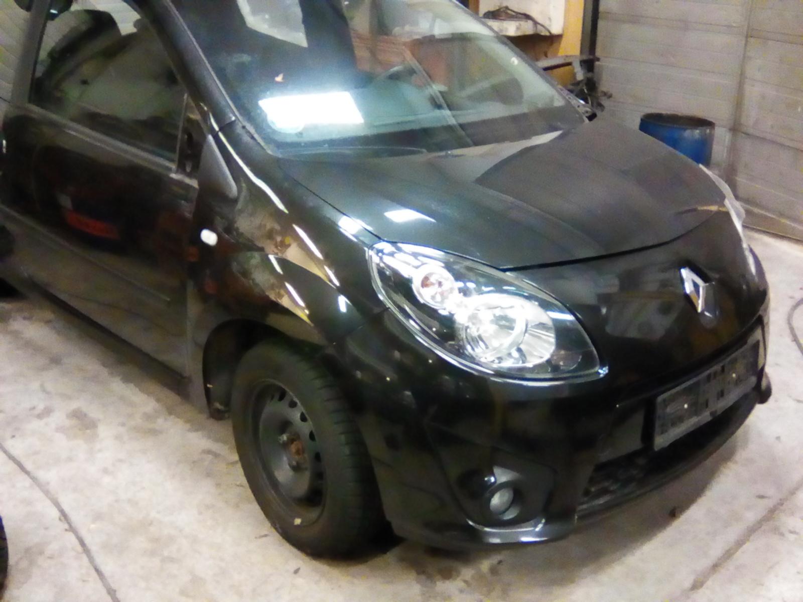 Onderdelen Renault Twingo 2 Type 2011-2013 1.2 16V 55KW Kleur Zwart CN04