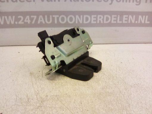 13117285 Achterklep Slot mechaniek Opel Astra H Hatchback