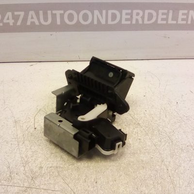 C6728 Achterklep Slot mechaniek Mazda 2 2008-2011