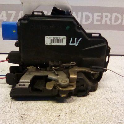 3B1837015AM Deurslot mechaniek Links Voor Volkswagen Polo 9 N3 4 Deurs