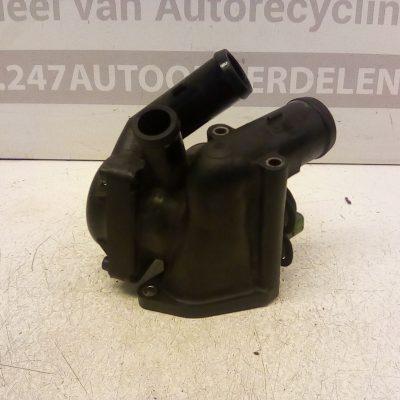 022 121 117 D Thermostaathuis Volkswagen Passat V5 AZX