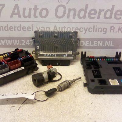 SW9665424480 ECU Set Met Sloten Citroen C3 1.1 08-2005 / 10-2010 Met Motorcode .HFX 1124CC 44KW