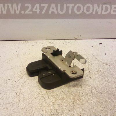 6Q6 827 505 D Slotmechaniek Achterklep Volkswagen Polo 9N3