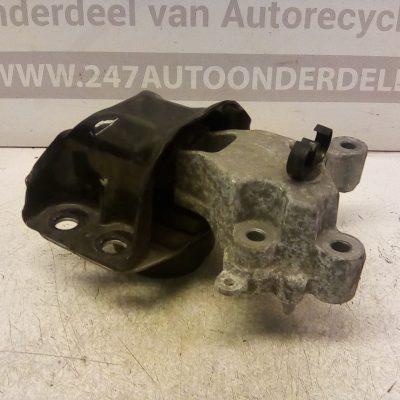 Motorsteun Distributiezijde Renault WIND 1.2 TCe 74 KW 2010-2013 (8200437589)